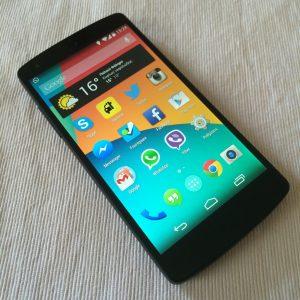 best smartphone under 10000